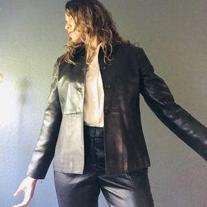 Banana republic 100 % leather jacket Size S.